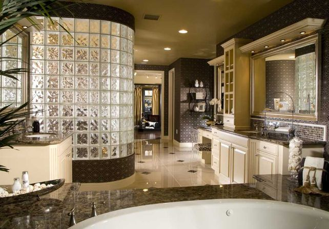 Master Bathroom Remodel With Cabins Of Glass