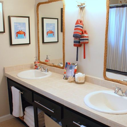 cute bathroom decor and its interior features