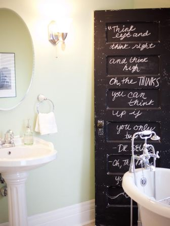 The Paintings To Decorate The Bathroom