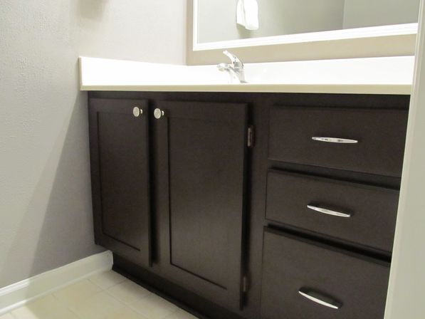 Painting bathroom cabinet 14 photo