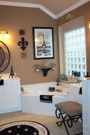 Paris bathroom decor 40 photo bathroom designs ideas for Bathroom ideas for couples