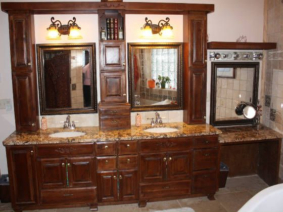 Custom bathroom vanities top tips for womans bathroom designs ideas - Designs for bathroom cabinets ...