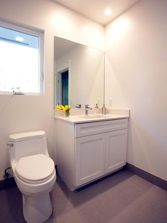 Magnification guest bathroom remodel bathroom designs ideas for Guest bathroom remodel ideas