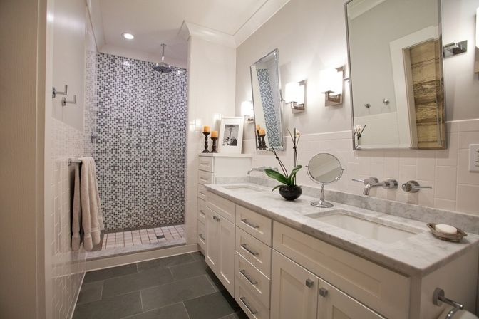 Bathroom Mirrors Virginia Beach how to use benefits of round shape for different kinds of bathroom