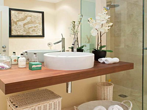 Modern bathroom accessory sets want to know more for Restroom decoration pictures